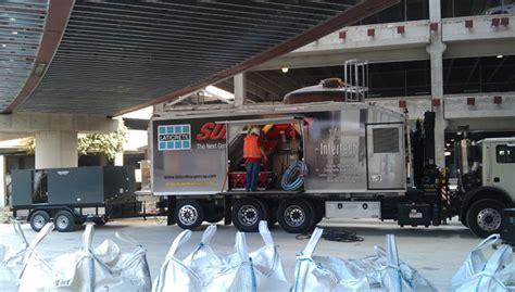 intertech flooring receives its laticrete supercap mobile blending unit 2013 06 14