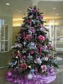 Decorate Christmas Tree Garland Beads by 32 Adornos Y Tendencias De Arbol De Navidad Para Decorar