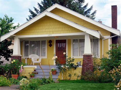 Tips And Tricks For Painting A Home's Exterior Diy
