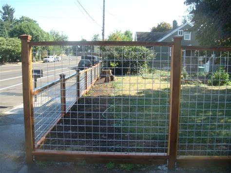 wood  galvanized mesh fence metal fences