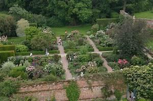 Garten Von Oben : sissinghurst castle garden der bekannteste englische garten heikes reiseblog ~ Orissabook.com Haus und Dekorationen