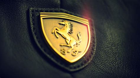 golden ferrari wallpaper golden ferrari logo wallpaper wallpaper wallpaperlepi