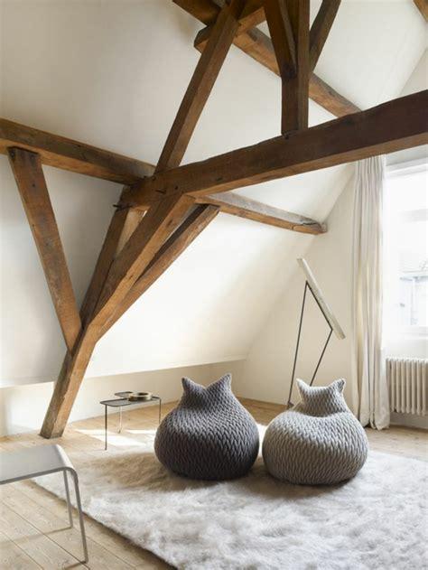 chambre à coucher ancienne la poutre en bois dans 50 photos magnifiques