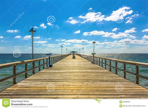 pier fishing florida famous lauderdale sea anglins spectacular perspective sunny sky miles