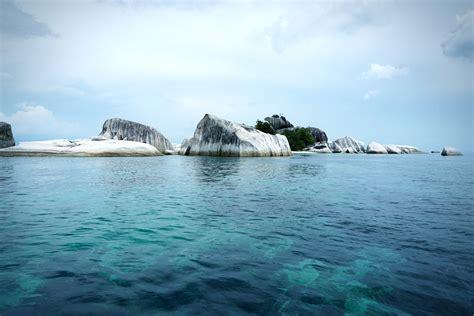 tempat wisata  wajib dikunjungi  pulau belitung