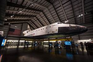 Seeing Space Shuttle Endeavour - Travel Caffeine
