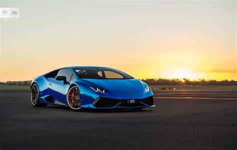 Stunning Blue Chrome Lamborghini Huracan By Sunus