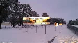 australia wakes to snow in new south wales queensland and victoria daily mail online