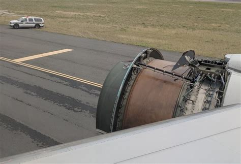 A united airlines boeing 777 suffered major engine failure in midair and was forced to make an emergency landing at denver international airport, while. Exposed engine shocks United passengers - Airline Ratings