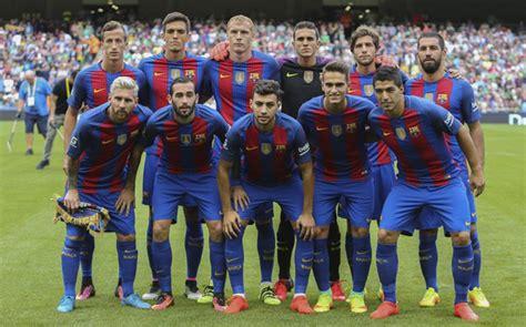 Şampiyonlar Ligi C Grubu'nda Barcelona, sahasında Celtic'i 7-0 mağlup etti.