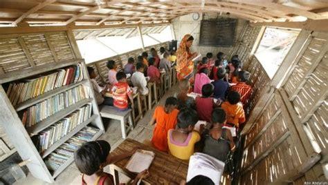 bangladeshi floating schools redefine accessible education