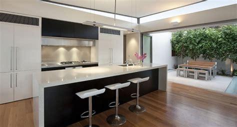 comptoir de cuisine quartz ou granit granite et quartz