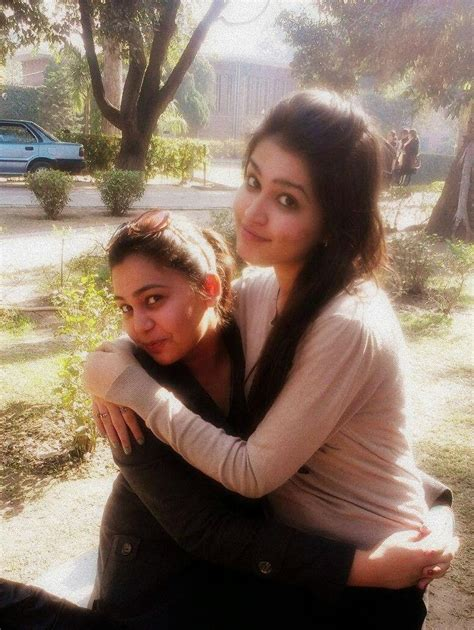 Desi Pakistani Hot Sexy College Girls Photos Beautiful