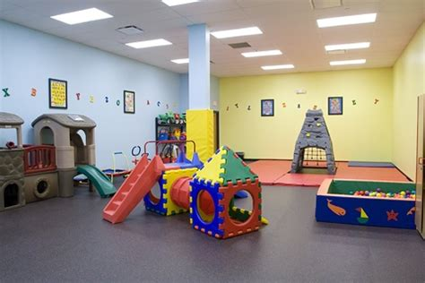 8 best preschool jungle images on indoor 270 | 88ca7b1967a4bef4e15b727c7dd60f84 cute toddlers indoor play