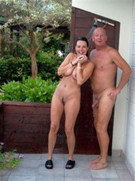 Dressed Undressed Senior Couples Igfap