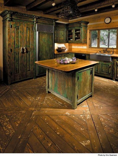 25  bästa idéerna om Distressed kitchen cabinets på Pinterest