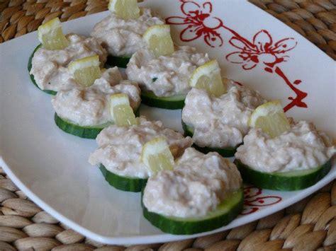 canapé au thon canapés concombre à la mousse de thon monmenu fr