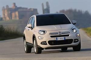 Fiat X 500 : fiat 500x 1 4 multiair lounge review auto express ~ Maxctalentgroup.com Avis de Voitures