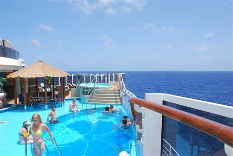 7 reasons to choose carnival for a mother cruise travelingmom