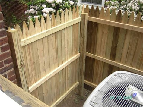 reduce outdoor noise   sound blocking fence