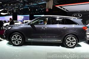 Kia Paris : 2015 kia sorento side profile at the 2014 paris motor show indian autos blog ~ Gottalentnigeria.com Avis de Voitures