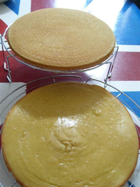 cuisiner sans gluten et sans lait génoise sans gluten et sans lait gâteaux aux fruits