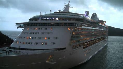 Cruise Ship Horn Battle!! - YouTube