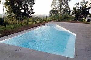 stunning autour de la piscine contemporary lalawgroupus With comment amenager sa piscine 3 abord piscine bois et autres materiaux photos d