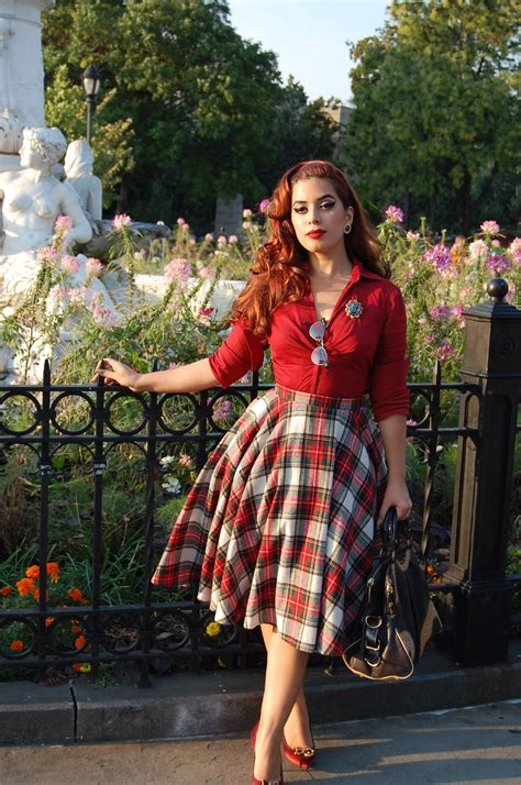 style modern version  vintage fashions plaid