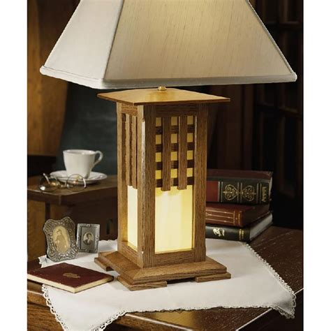 arts  crafts lamp woodworking plan  wood magazine