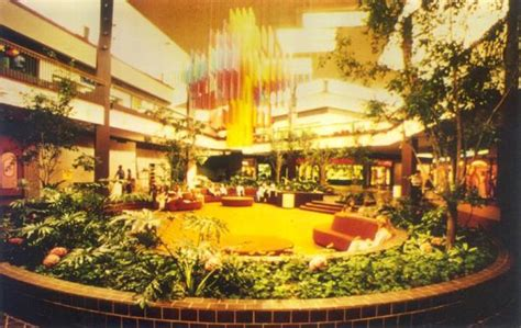 Vintage Photos Of Lost Shopping Malls Of The '50s, '60s & '70s Antique Small Metal Mesh Purse Antiques New Berlin Wi Settee Identification Turnpike Oak Desk Styles Looking Clocks Sideboards Uk Xmas Tree Decorations