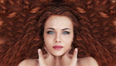 Women Redhead Face Long Hair Curly Hair Look