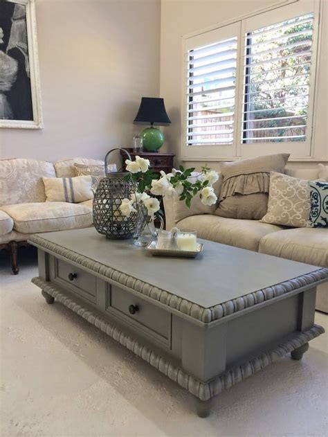 Best 25  Painted coffee tables ideas on Pinterest   Farm