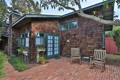 Great Red Brick Patio  Picture Of Waimea Gardens Cottage