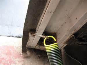 Garage Door Extension Springs Replacement