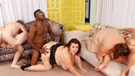 Becki Butterfly And Erin Green And Jade Rose And Lady Lynn In