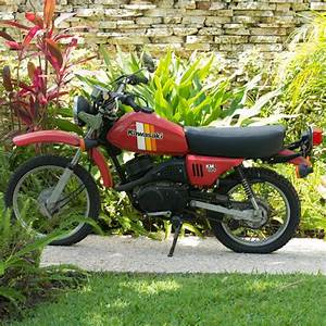 Kawasaki Km 100 Red Motorcycle   Ebth