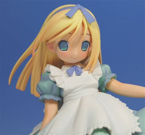 POP WONDERLAND Alice in Wonderland (PVC Figure) Images List