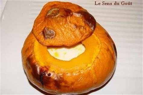 cuisiner le potimarron au four soupe de potimarron cuit au four de caro le sens du goût
