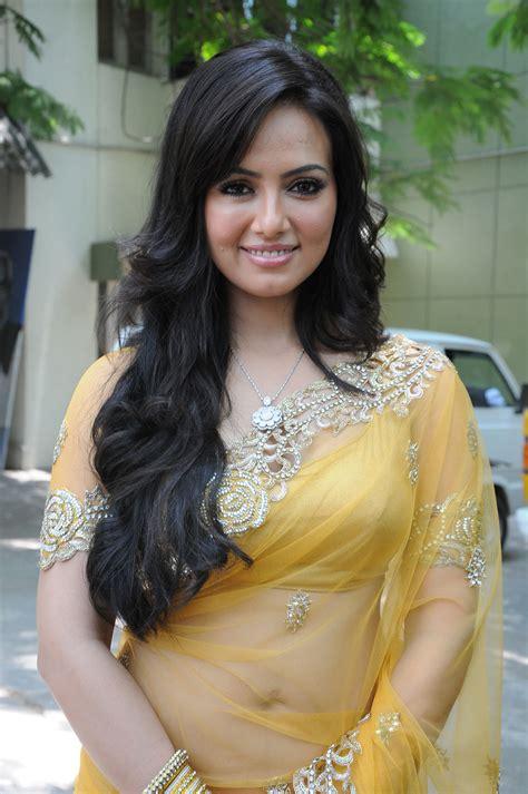 Sana Khan Yellow Saree Gallery Moviesmahal