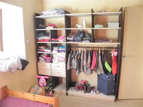 rangement vetement chambre meuble rangement enfant ikea stuva rangement vetement