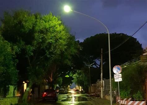 Illuminazione Pubblica Palermo illuminazione pubblica a mondello di nuovo in funzione