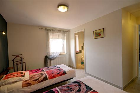 loire chambre d hotes location chambre d 39 hôtes sevelinges dans le roannais