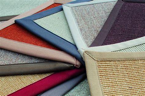 tappeti in cocco erba sintetica e moquette battiscopa e profili pavimento