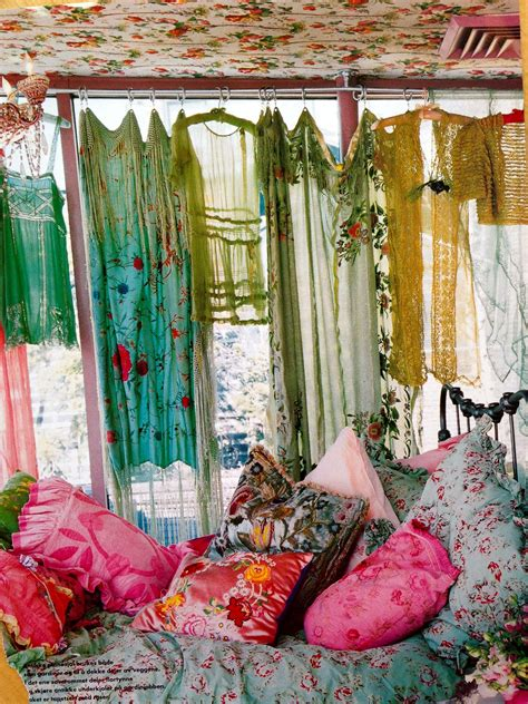 Bohemian Chic Bedroom by How To Achieve Bohemian Or Boho Chic Style Home