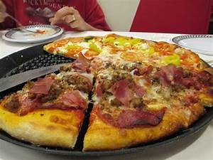 Pizza! - Picture of Big Daddy's Pizzeria, Pigeon Forge ...