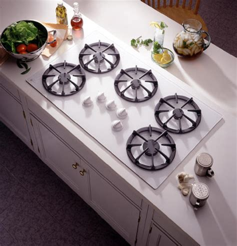 ge profile  built  gas cooktop  sealed cooktop burners   front controls