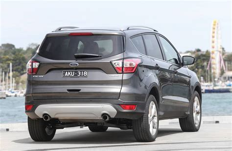 ford adds rwd everest trend   ford everest range