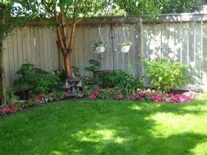 Backyard Flower Beds for Small Yards