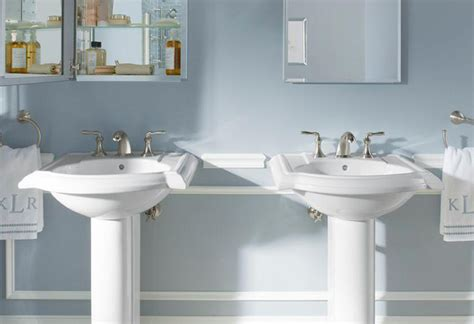 Pedestal Sink For Small Bathroom by Bathroom Pedestal Sinks At The Home Depot